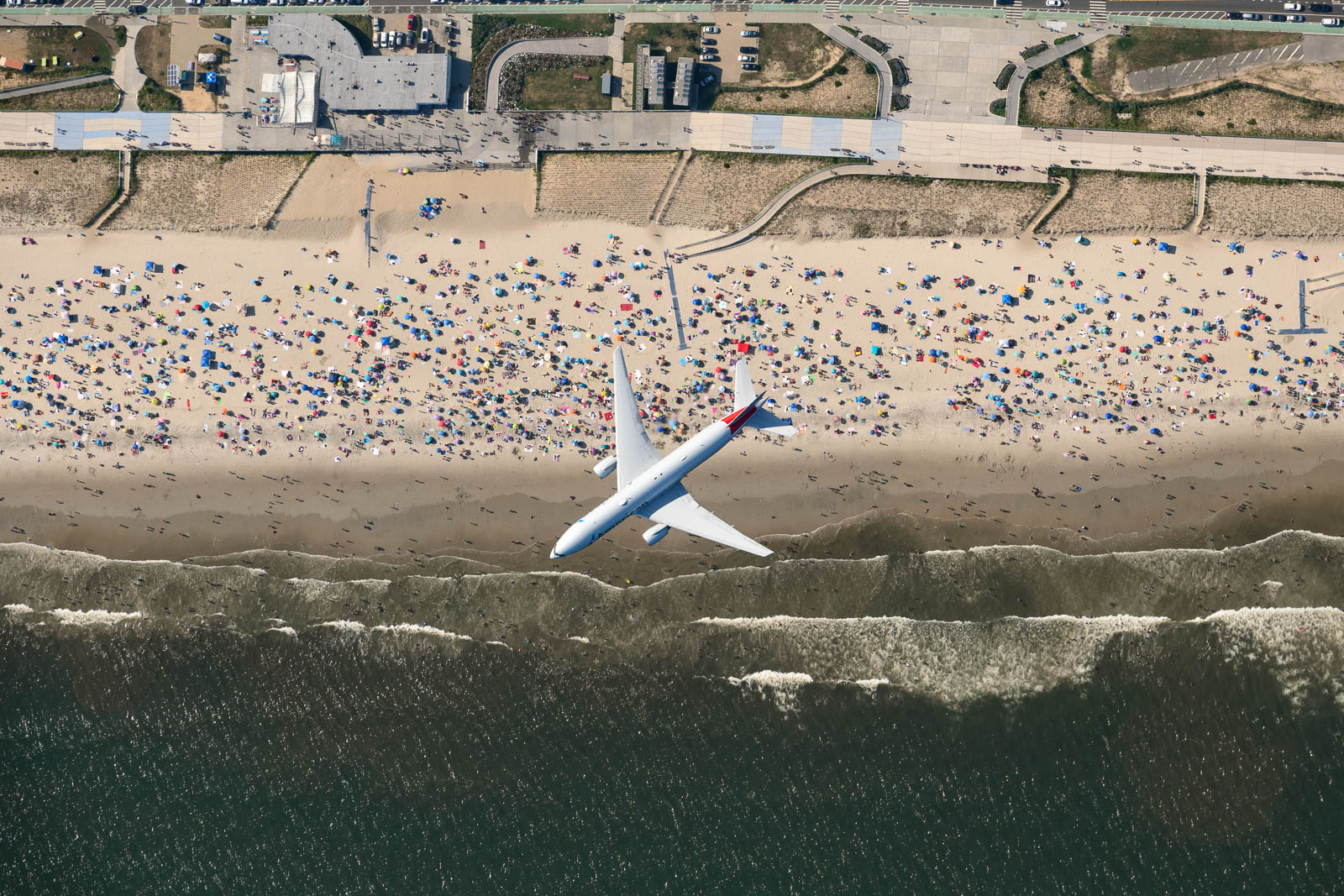 AA1165: JFK to Miami (American Airlines B777 / The Rockaways, NY)