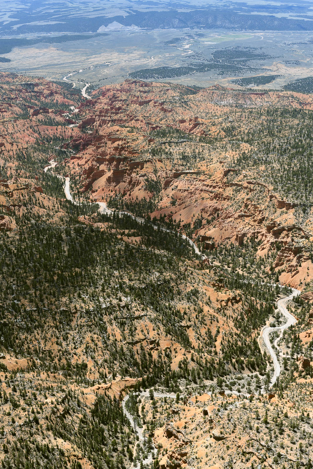 Approaching Bryce Canyon, but we must head back – low on fuel and too hot to land there